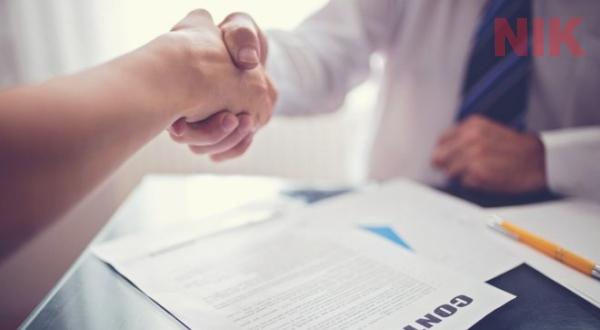 Chủ đầu tư sẽ là người đàm phán và kí hợp đồng xây dựng