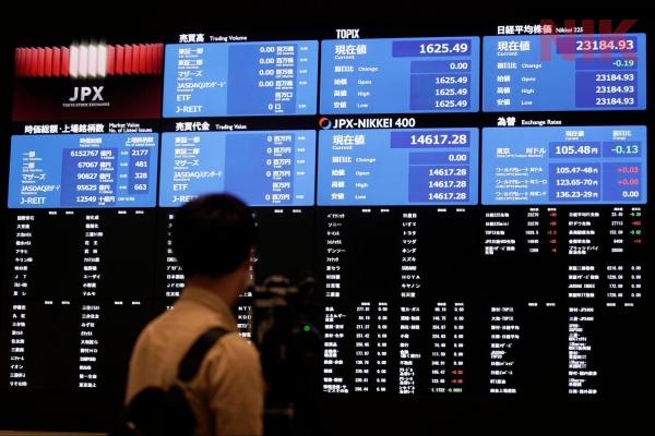 Việc mua bán chứng khoán phải có sự nhạy bén và nắm bắt thị trường