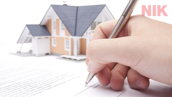 Người sử dụng đất được phép làm thủ tục chuyển nhượng khi có giấy chứng nhận quyền sử dụng đất hợp pháp
